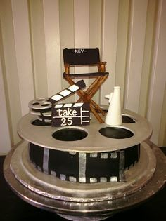 Pam's Custom Cakes: Kev's Movie cake