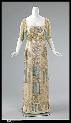 Evening Dress 1909-1911 The Metropolitan Museum of Art....this is stunning!
