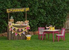 Gorgeous lemonade stand #lemonade #party