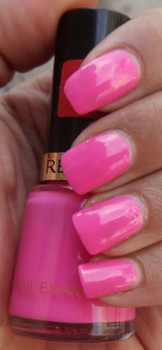 Revlon Nail Polish in Fuchsia Pink, love this color