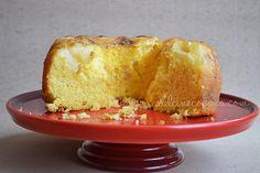 Volteado de piña sencillo en base para pastel rojo cereza. Por Madeleine Cocina
