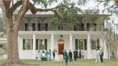 (private home) Louisiana Plantations, Stonehenge, New Homes, Mansions, House Styles, Manor Houses, Villas, Mansion