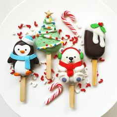"Sweet Endings by Lulu on Instagram: ""Hello December! And the season to be jolly!! Come learn how to make these adorable Christmas designs at my next Cakesicles class at…"""