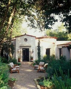 Stunning Mission Revival And Spanish Colonial Revival Architecture Ideas 03 Spanish Style Homes, Spanish House, Spanish Colonial, Spanish Revival Home, Outdoor Spaces, Outdoor Living, Outdoor Seating, Outdoor Decor, Spanish Architecture