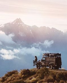 It's a Man's World - Glubbs - Nature travel Road Trip, Its A Mans World, Off Road, Camping Life, Land Rover Defender, Adventure Is Out There, Van Life, The Great Outdoors, Wilderness
