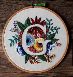 Embroidery Stitches Tutorial, Embroidery Flowers Pattern, Hand Embroidery Patterns, Cross Stitch Embroidery, Diy Embroidery Letters, Embroidery Hoops, Baby Embroidery, Simple Embroidery Designs, Wedding Embroidery