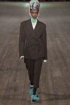 Marc Jacobs Spring 2018 Ready-to-Wear  Fashion Show Collection