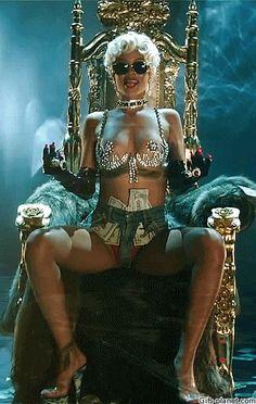 Rihanna GIF ♥♥♥ #rihanna #punkhack #traumfrau