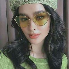 Liza wearing Sunnie Studios Eyewear | #LizaSoberano Most Beautiful Faces, Simply Beautiful, Beautiful People, Liza Soberano Fashion, Lisa Soberano, Filipina Beauty, Girl Face, Beauty Trends, Pretty Hairstyles