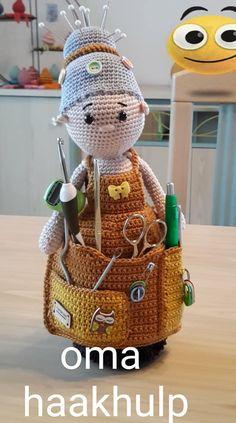 Crochet Toys Patterns, Stuffed Toys Patterns, Crochet Dolls, Crochet Hats, Pin Cushions, Home Crafts, Crocheting, Free Pattern, Knitting