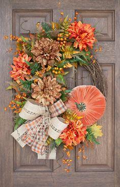 Fall Grapevine Wreath, Autumn Wreath, Rustic Home Decor, Fall Decor Diy Fall Wreath, Autumn Wreaths, Wreath Ideas, Holiday Wreaths, Thanksgiving Wreaths, Thanksgiving Decorations, Fall Decorations, Angel Wings Wall Decor, Velvet Pumpkins