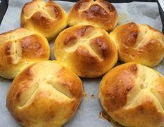 Hamburger, Muffin, Bread, Breakfast, Food, Easter Bread Recipe, Easter Pie, Bread Baking, Cooking
