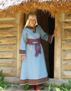 Slavic costume - Carpathian Troy - Poland. Timeline: c. 8th-9th centuries AD