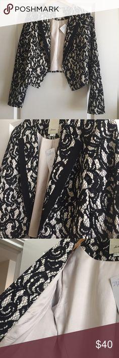 Anthropologie Black & Ivory Cropped Blazer (Sz 12) Anthropologie's Elevenses black & ivory cropped blazer. Size 12. Never worn. Dry Clean only. Anthropologie Jackets & Coats Blazers