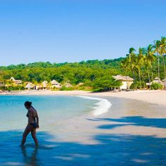 In need of a tropical beach escape? From luxe villas to beachfront palapas, discover #PlayaLasTortugas! #VacationRentals