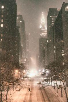 New York City - Chrysler Building and 42nd Street in the Snow