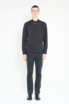 Surface to Air River Chain Shirt, 175 € // Side note: Tried this today and the fit was weird at best.