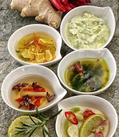 Thai Red Curry, Pesto, Grilling, Ethnic Recipes, Food, Cilantro, Crickets, Essen, Meals