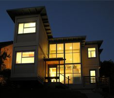 Even More Creative Shipping Container Houses & 64 best Boxcar Homes images on Pinterest | Container house design ...
