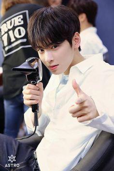 The cute Cha eun woo( lee dong min ) Seolhyun, Cha Eunwoo Astro, Ahn Jae Hyun, Lee Dong Min, Astro Fandom Name, Seo Kang Joon, Ulzzang Korea, Park Hyung Sik, Drame