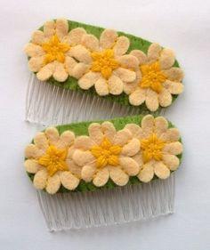 Ideas for handmade - Hair adornments made of felt (19 pictures, 2 masterclass). More: http://wonderdump.com/ideas-for-handmade-hair-adornments-made-of-felt-19-pictures-2-masterclass/