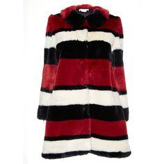 Alice + Olivia Kinsley Faux Fur Coat (43.570 RUB) ❤ liked on Polyvore featuring outerwear, coats, imitation fur coats, fake fur coats, red coat, oversized coat and faux fur coat