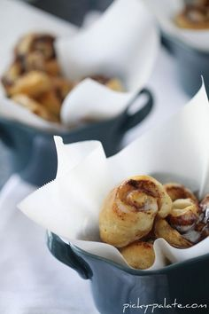 """Itty Bitty Cinnamon Roll Bites One can Pillsbury """"Simply"""" refrigerated biscuits, 10 count 5 tablespoons softened butter 1/4 cup packed light brown sugar 2 teaspoons McCormick Gourmet Roasted Saigon Cinnamon 1 cup powdered sugar 5 to 6 tablespoons heavy cream 1. Preheat oven to 350 degrees F. and line a large baking sheet with non-stick …"""