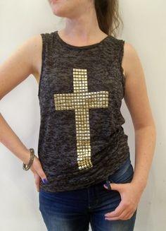 Kup mój przedmiot na #vintedpl http://www.vinted.pl/damska-odziez/bluzki-bez-rekawow/2474295-ciekawa-bluzka-z-krzyzem-cwieki-rozm-36