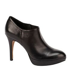 Vince Camuto Elvin Leather Booties