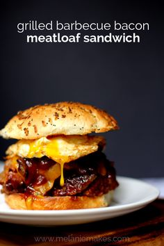 Grilled Barbecue Bacon Meatloaf Sandwich: Meatloaf sandwiches don't get any better than this. It's a decadent meatloaf which is grilled with bacon slices and th Bacon Meatloaf, Bacon Wrapped Meatloaf, Meatloaf Sandwich, Grilled Sandwich, Meatloaf Recipes, Burger Recipes, Sandwich Board, Leftover Meatloaf, Sandwich Ideas