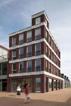 This Dutch Building Uses Emojis As Modern Gargoyles - UltraLinx