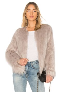 Dream Shopping See Jacket Top Offer Fur From For Unreal Online Store New d1wIgI