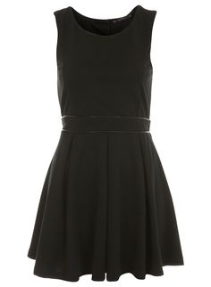 little black dress with cutout back (miss selfridge)