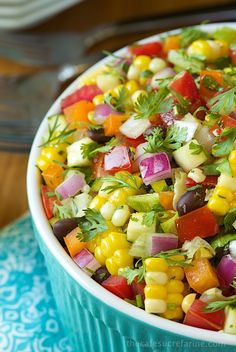 Mexican Chopped Salad by thecafesucrefarine: Fresh and healthy with  lots of Southwestern flair! #Salad #Mexican #Healthy