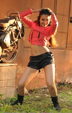 catherine tresa new chick - Page 2 - Xossip