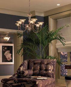 #Salon de style #transitionnel avec #lustre. / #Transitional #livingroom with #chandelier.