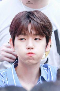 ㅅ ' Baekhyun Exo Ot12, Exo Chanyeol, Chanbaek, Kyungsoo, Kpop Exo, Baekhyun Wallpaper, Exo Lockscreen, Nature Republic, Kim Minseok