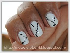 MAQUICLUB GIRL-rosaries on the nails