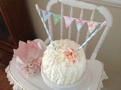 Shabby Chic Birthday Party. Smash cake