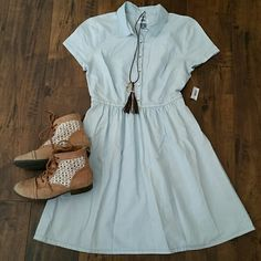 NWT Old Navy Chambray dress XS This is a NWT Old Navy light chambray denim dress!  The dress has a 13 inch unstretched waist and it is 34 inches long. Old Navy Dresses