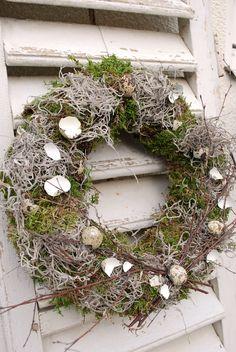 Vita Ranunkler: På framsidan av huset