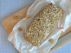 Gezond havermoutbrood van Rudolph Low Carb Recipes, Bread Recipes, Cake Recipes, Vegan Recipes, Belgian Food, Group Meals, Gluten Free Cooking, Foods To Eat, Healthy Baking