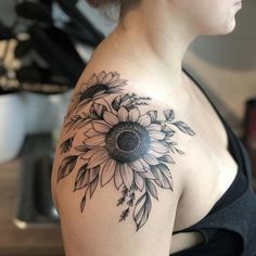 tattoos Black Ink Sunflower Shoulder Tattoo A sunflower tattoo is a symbol of happiness, luck, hope, and loyalty. We have found 61 of the prettiest sunflower tattoo designs. Sunflower Tattoo Sleeve, Sunflower Tattoo Shoulder, Sunflower Tattoo Small, Sunflower Tattoos, Sunflower Tattoo Design, Date Tattoos, Black Ink Tattoos, Sleeve Tattoos, Rib Tattoos
