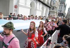 Perfil.com | Fotogaleria | Una multitud festeja la vigilia del Bicentenario en todo el país | Foto 5
