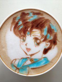 Latte  Art, ou seja, desenhos feitos na espuma do café, coisa bem comum nas cafeterias mais charmosas de Tóquio..
