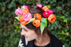 flower crown from - How to Make Gorgeous Paper Ranunculi (+ 3 Ways to Use Them!) via Brit + Co. Fall Flower Crown, Flower Crown Wedding, Fall Flowers, Floral Crown, Diy Flowers, Paper Flowers, Flower Crowns, Flower Hair, Crepe Paper Crafts