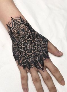 Hand Tattoos For Guys, Tattoos For Women Small, Finger Tattoos, Unique Tattoos, Leg Tattoos, Black Tattoos, Arm Tattoo, Small Tattoos, Sleeve Tattoos