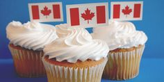Simple and effective. Canada Day Party, Simple Cupcakes, Great Recipes, Dinner Recipes, Happy Canada Day, Food Network Canada, Cupcake Heaven, Chili Recipes, Food Network Recipes