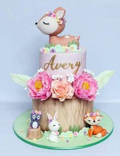 Animals Birthday Cake - # Baby Cakes - From my HoMe Animal Birthday Cakes, Baby Birthday Cakes, 1st Birthday Parties, 1st Birthday Cake For Girls, Birthday Ideas, Baby Cakes, Girl Cakes, Woodland Cake, Woodland Party