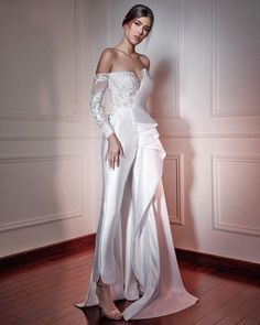 Country Wedding Dresses, Wedding Dress Trends, Wedding Dress Shopping, Long Wedding Dresses, Dressy Jumpsuit Wedding, Wedding Pantsuit, Wedding Jumpsuit, Jumpsuit With Train, Wedding Bride